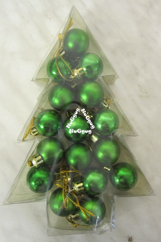 Mini Christbaumkugeln.Mini Christbaumkugeln Weihnachtkugeln Grun 16 Stuck